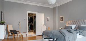 dormitorio con tono gris medio