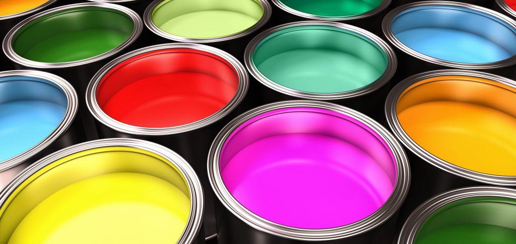 diferentes colores de pintura